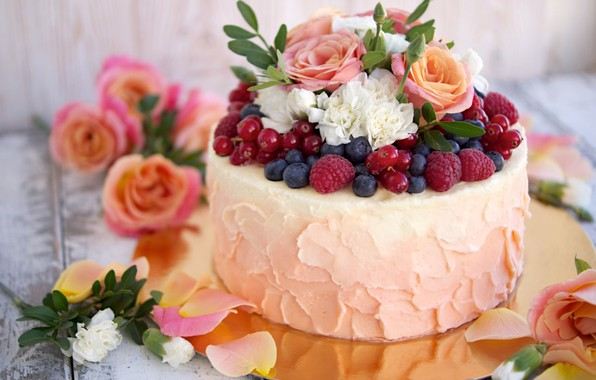 Picture raspberry, roses, cake, currants, blueberries