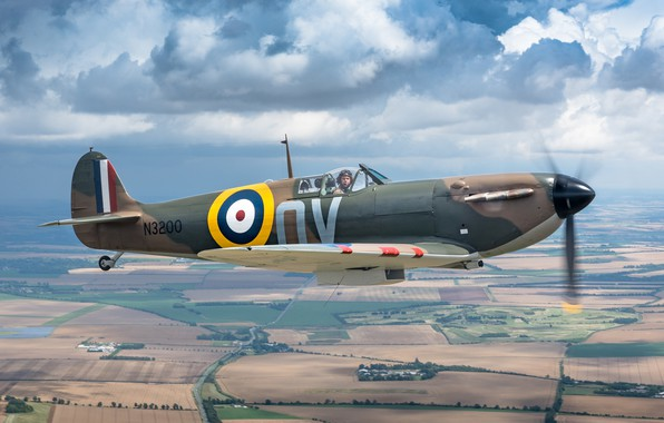 Picture times, The second world war, British fighter, Spitfire Mk1a