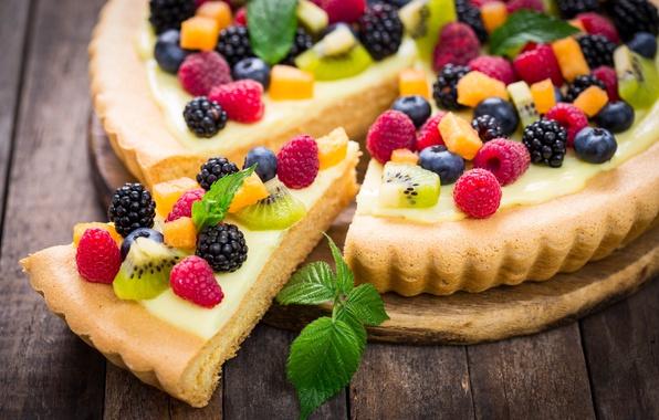 Picture berries, raspberry, kiwi, blueberries, pie, mint, cream, dessert, cakes, BlackBerry, filling, sweet.