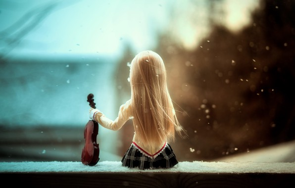 Picture violin, doll, Serenade of snow