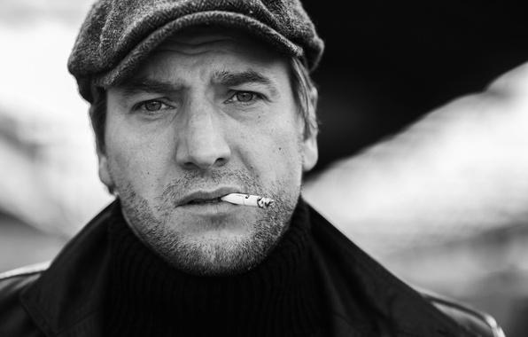 Picture portrait, cigarette, actor, h\b, COP wars, Alexander Ustyugov