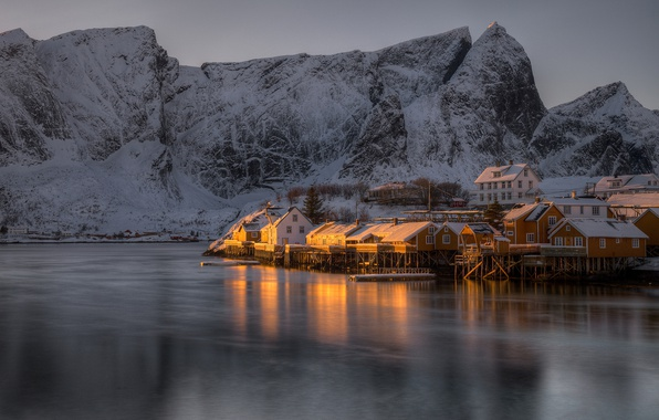 Picture winter, sea, snow, mountains, rocks, shore, Norway, Bay, houses, twilight, The Lofoten Islands, Pure, Lofoten