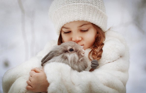 Picture hat, rabbit, girl, friends, pigtail, coat