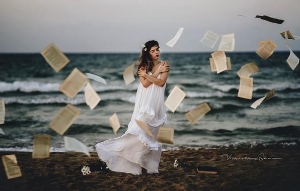 Picture sea, girl, page, Ana Valenciano