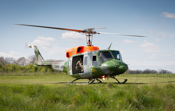 Picture flight, helicopter, helicopter, landing, American, the rise, Bell UH-1 Iroquois