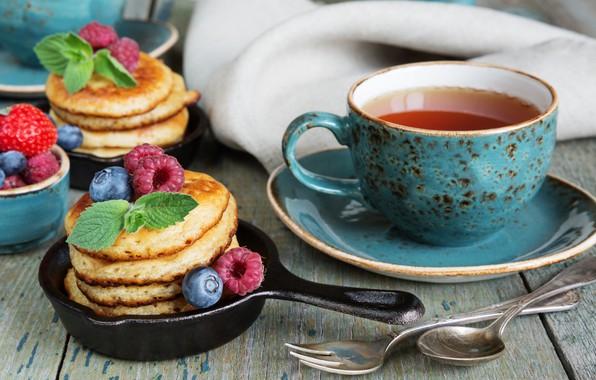 Picture berries, raspberry, Breakfast, blueberries, strawberry, pancakes, tea fragrant