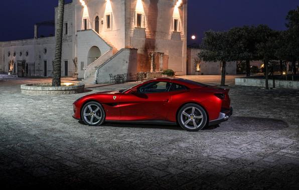Picture Ferrari, side view, 2018, Portofino