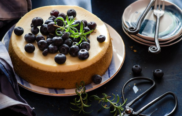 Picture pie, blueberries, rosemary