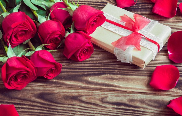 Picture love, flowers, roses, bouquet, petals, red, red, love, wood, flowers, romantic, Valentine's Day, gift, roses