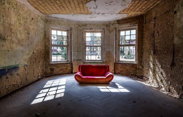 Picture room, sofa, window