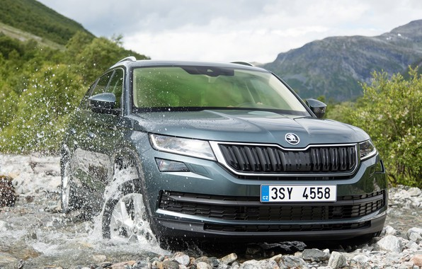 Picture the sky, water, clouds, mountains, squirt, river, stones, vegetation, Skoda, Skoda, 2016, Kodiaq