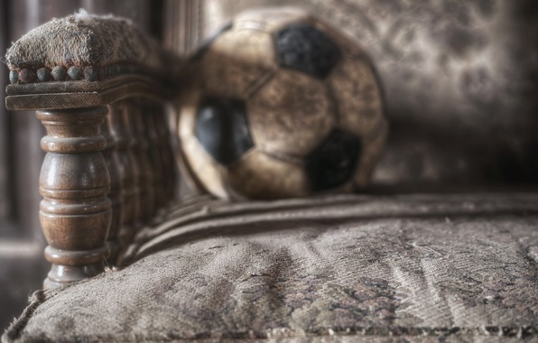 Picture macro, the ball, chair