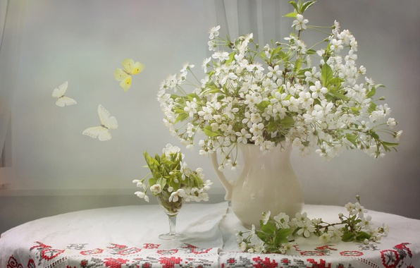 Picture butterfly, cherry, pitcher