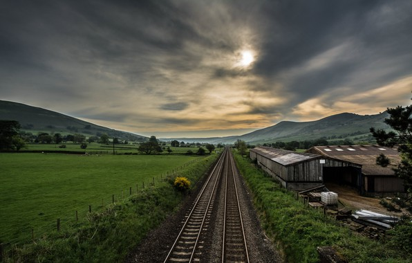 Picture perspective, the evening, railroad
