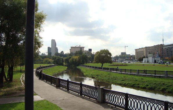 Picture bridge, beautiful, river