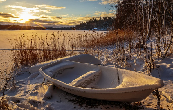 Picture winter, lake, boat, morning