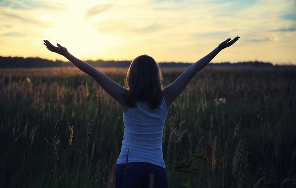 Picture field, girl, the sun, joy, happiness, hope, life, dawn, up, morning, hands, new, the mood …