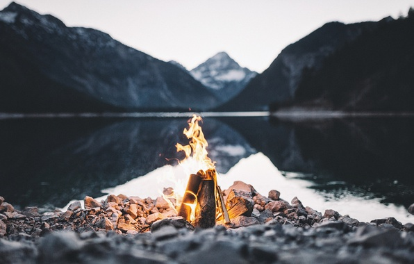 Picture mountains, lake, stones, fire, the fire