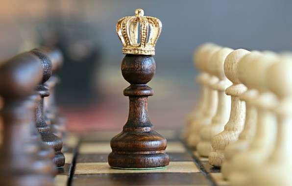 Picture white, black, crown, situation, king, Chess, imagination, miscellanea, closeup, checkered, board games, pawns, checkerboard