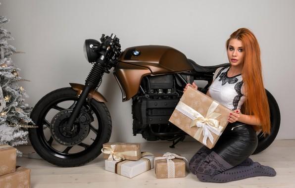 Picture bmw, gifts, New year, red, bike, model, Dana Bounty