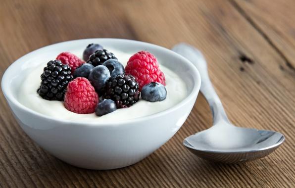 Picture berries, raspberry, blueberries, spoon, dessert, BlackBerry, sweet, yogurt