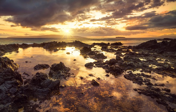 Picture sunset, shore, Hawaii, Makena Cove