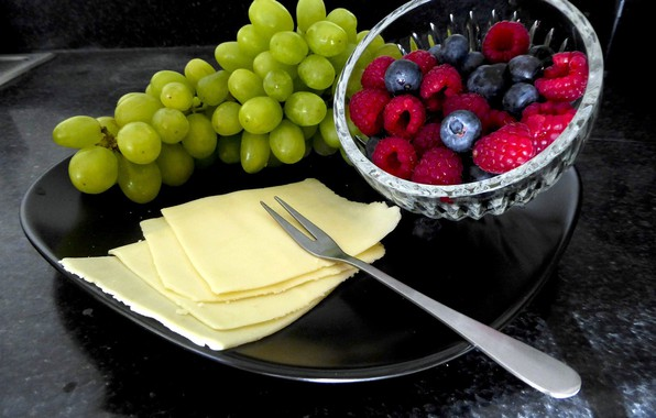 Picture berries, raspberry, cheese, blueberries, grapes, fruit