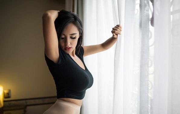 boobs wallpaper Giant