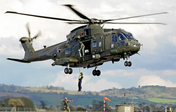 Picture gun, soldier, sky, weapon, cloud, helicopter, rifle, pearls, uniform, seifuku, Royal Navy, Merlin, kumo, AgustaWestland …