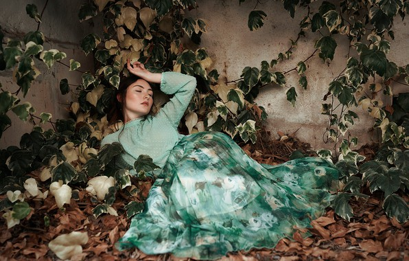 Picture autumn, leaves, girl, pose, mood, foliage, ivy, Isabella Phillips