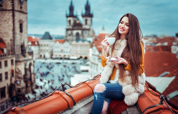 Picture roof, girl, the city, smile, mood, height, home, makeup, jacket, hairstyle, Cup, fur, brown hair, …