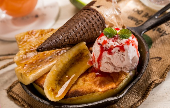 Picture ice cream, banana, dessert, sugar cone