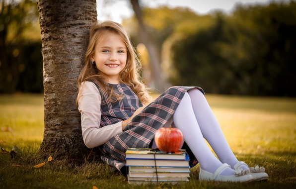 Picture books, Apple, girl