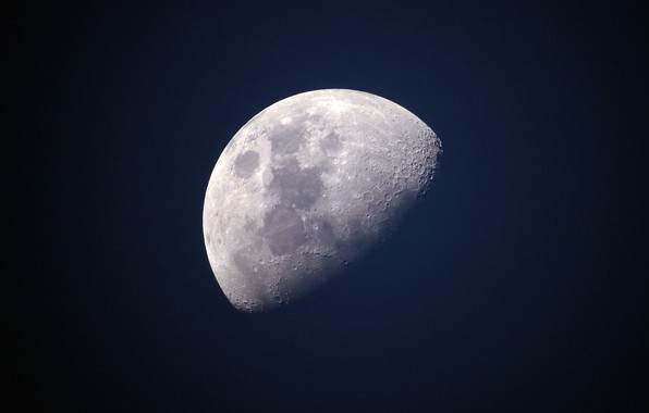 Picture space, The moon, moon