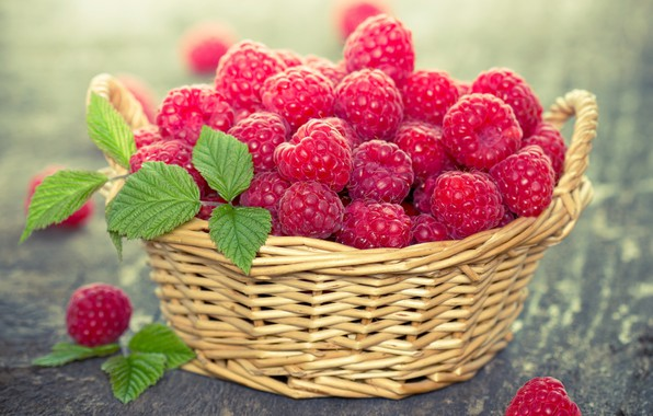 Picture berries, raspberry, basket