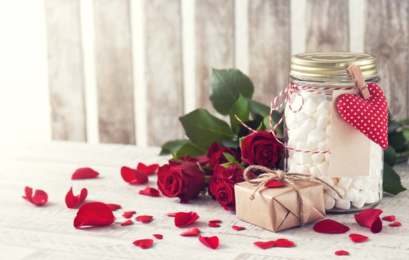 Picture gift, roses, petals, Bank, red, the holiday of all lovers, valentine`s day, marshmallows