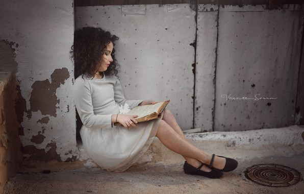 Picture street, girl, book