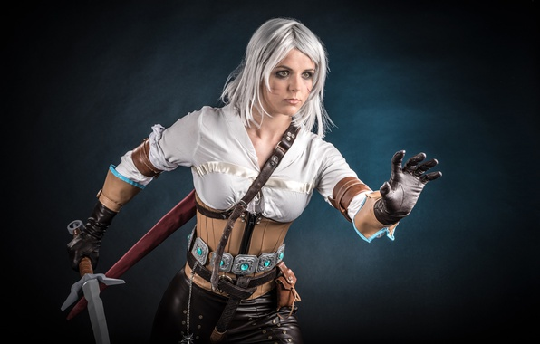 Picture girl, sword, blood, game, The Witcher, woman, ken, wolf, blade, cosplay, book, blonde, pose, belt, ...