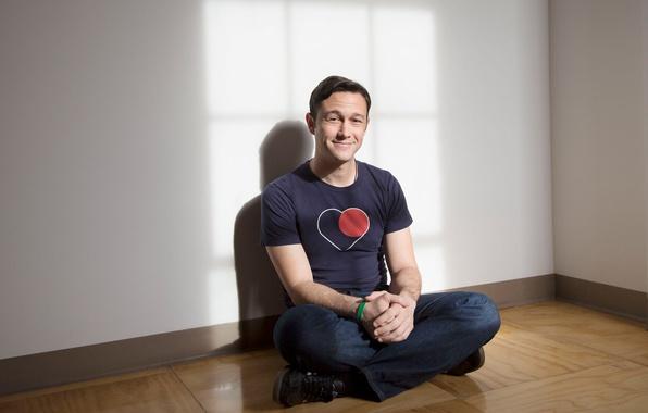 Picture pose, smile, jeans, t-shirt, actor, sitting, on the floor, photoshoot, Joseph Gordon-Levitt, 2013, Joseph Gordon-Levitt, …