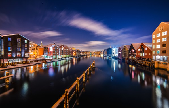 Picture the sky, water, light, night, the city, lights, home, channel