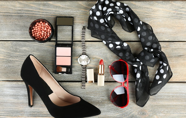 Picture style, watch, glasses, solitaire, cosmetics, accessories