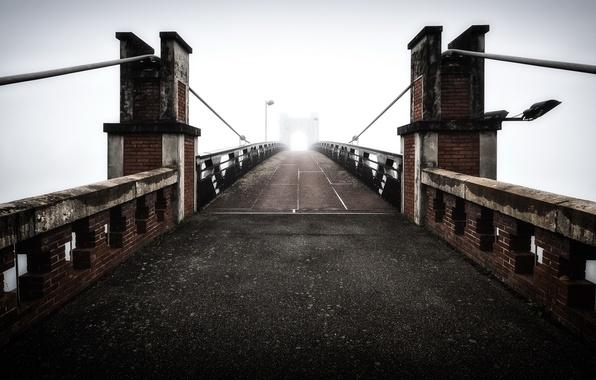 Picture bridge, fog, France, Trévoux - Ain