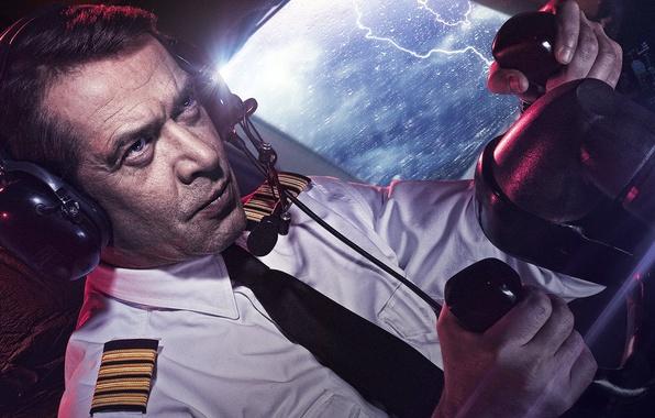 Picture movie, the film, the plane, Russian, The crew, Vladimir Mashkov, Leonid Zinchenko