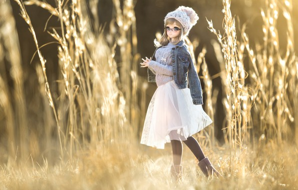 Picture grass, toy, doll