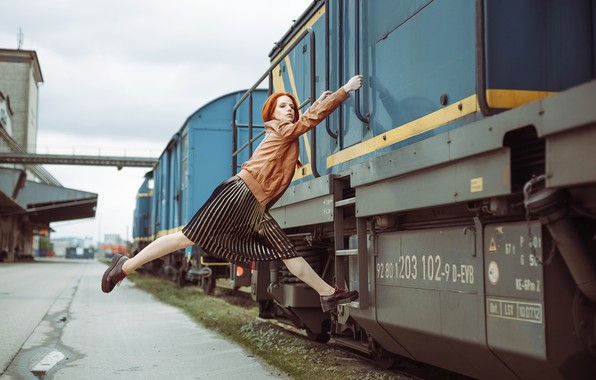 Picture look, girl, model, train, skirt, the situation, jacket, red, redhead, kassio. epia, shaper