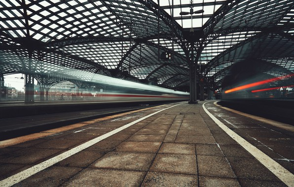 Picture the city, station, railroad