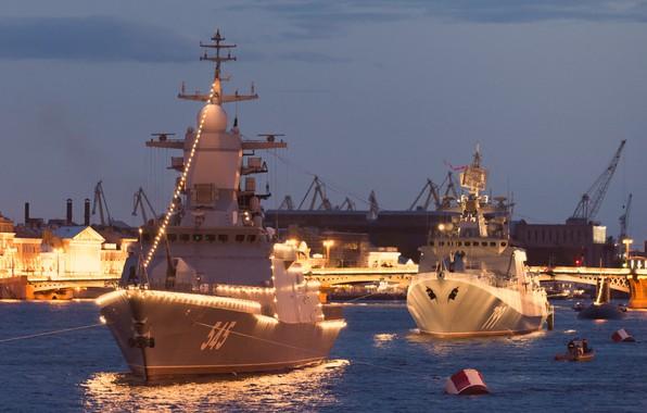 Picture ships, illumination, Neva, Navy day