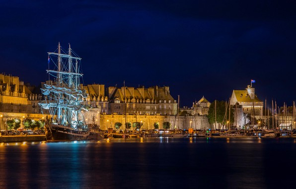 Picture night, lights, France, ship, home, sailboat, yachts, boats, lights, Bay, piers, Brittany, Saint-Malo, Saint-Malo