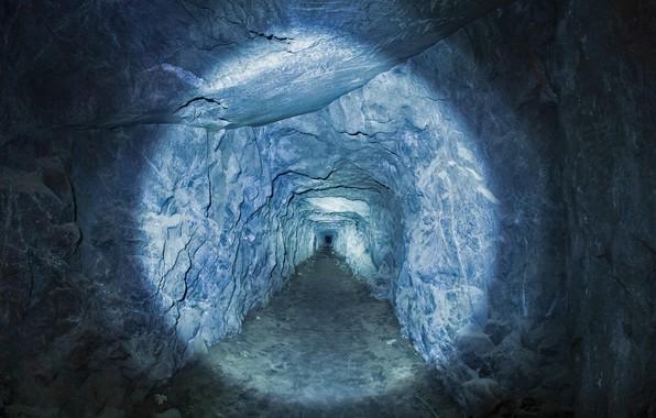 Picture light, interior, the tunnel, CA, USA, Yosemite national Park