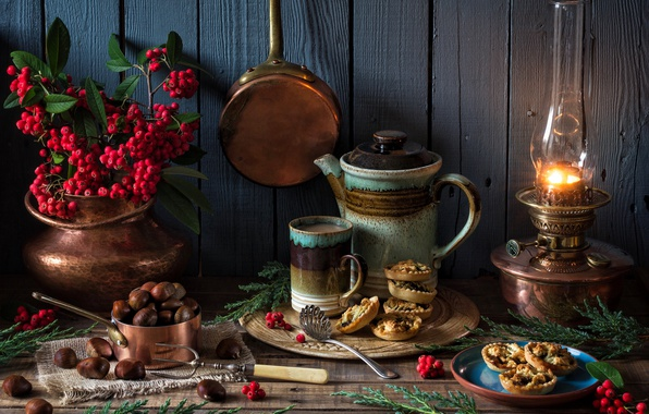 Picture style, berries, lamp, kettle, Christmas, mug, cake, chestnuts